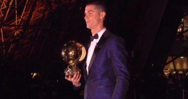 رونالدو: أشعر بالفخر بعد التتويج بالكرة الذهبية