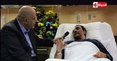 """فيديو.. المصرى المعتدى عليه بالكويت عن زيارة وزيرة الهجرة: """"هو انا مهم كده؟"""""""