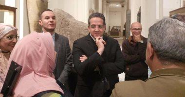 صور.. وزير الآثار يشهد العرض الأول للمعرض المؤقت بالمتحف المصرى