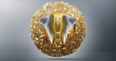 صور.. حذاء جديد لرونالدو احتفالا بالكرة الذهبية