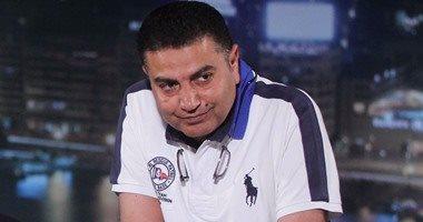 طارق يونس يغادر المستشفي بعد تماثله للشفاء