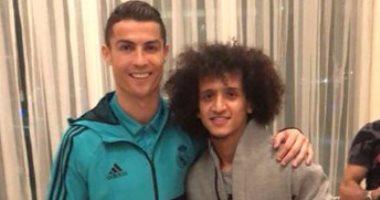 عمورى يحتفل بنجوم ريال مدريد فى الإمارات