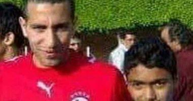 حسين الشحات يكشف سر صورته مع أبو تريكة منذ 9 سنوات -