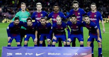 برشلونة يؤهل لاعبيه نفسيا للكلاسيكو.. وهواتف محمولة هدية الكريسماس