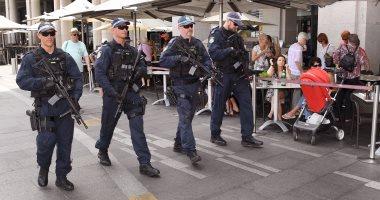 الشرطة الاسترالية تطلق الرصاص على شخصين هاجما ضباطًا