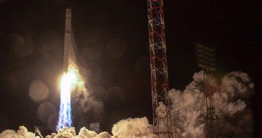 انطلاق صاروخ يحمل قمر اتصالات للقوات الجوية الأمريكية من فلوريدا