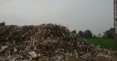 شكاوى من انتشار القمامة بمدينة إيتاى البارود فى البحيرة