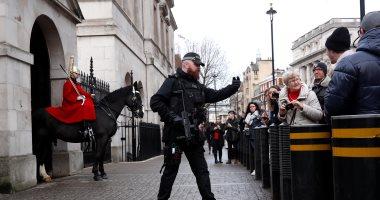 الشرطة البريطانية تتعامل مع جسم مشبوه بالبرلمان