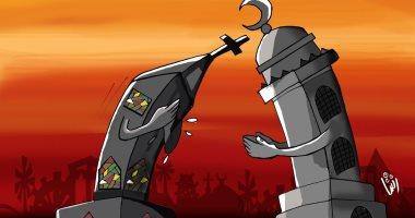 """""""حال الدنيا"""".. المساجد والكنائس """"إيد واحدة"""" فى العام الجديد"""