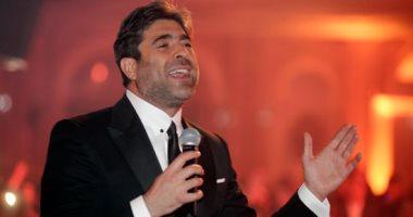 وائل كفورى يصل عمان استعداداً لحفله بمهرجان جرش اليوم
