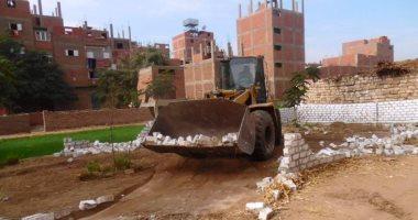 إزالة 50 حالة تعدى على الاراضى بمركز ابوقرقاص فى المنيا