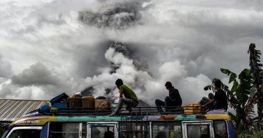 ثوران بركان جبل أجونج فى جزيرة بالى بإندونيسيا