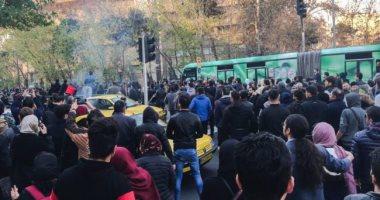 رويترز : منشورات على مواقع التواصل بإيران تدعو للاحتجاج لليوم الخامس
