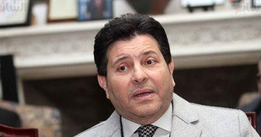 رئيس جامعة عين شمس يستقبل الفنان هاني شاكر بافتتاح ختام مهرجان الموسيقى