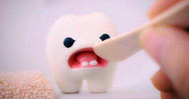 تراكم الجير على الأسنان أخطر من التسوس