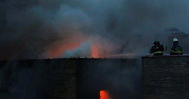 صور.. حريق هائل بأحد العقارات السكنية بمانهاتن وقوات الإطفاء تكافح النيران