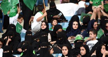شاهد فى دقيقة..  حواء تزين الملاعب الرياضية.. السعودية على طريق الانفتاح