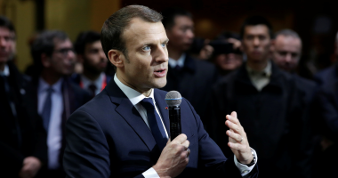 """الرئيس الفرنسى يشدد على """"ضرورة احترام"""" الاتفاق النووى مع إيران"""