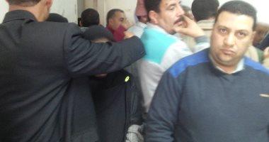 صور .. 6 آلاف مواطن يحررون توكيلات تزكية الرئيس السيسى بكفر الشيخ