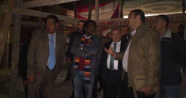 """رئيس """"قصور الثقافة"""" يتفقد الإنشاءات بقصر ثقافة دمنهور تمهيدا لافتتاحه"""