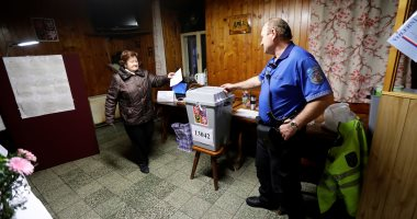 صور.. انطلاق اليوم الثانى من التصويت بالانتخابات الرئاسية فى التشيك