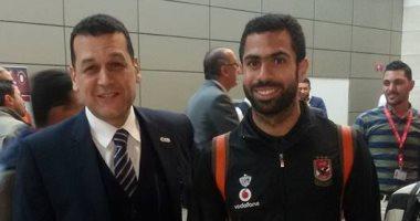 """جماهير الأهلى تستقبل الفريق بمطار القاهرة بعد حصوله على كأس السوبر """"صور"""""""