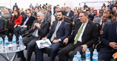 صور.. وزير الصناعة: طرح 5 ملايين متر أرض للمطور الصناعى خلال 2018