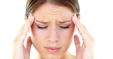 هل هناك ارتباط بين هرمونات المرأة وإصابتها بالصداع؟