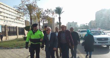 صور.. محافظ بورسعيد : تطوير حديقة ميدان الشهداء لتحويلها لمزار سياحى تاريخى