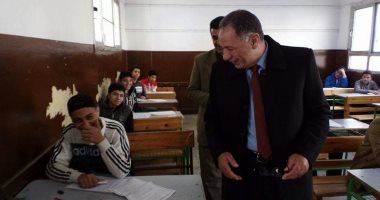 """وكيل """"تعليم دمياط"""" يقرر استبعاد مدير مدرسة على خلفية مشاجرة بين طالبين"""
