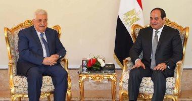 """""""الرئاسة"""": السيسى أكد لأبو مازن موقف مصر الثابت من القضية الفلسطينية"""