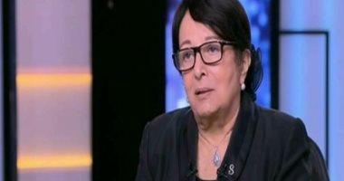 سميرة العزيز رئيس لجنة تحكيم