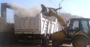 صور .. حملات للنظافة ورفع الإشغالات بمدينة المراغة بسوهاج