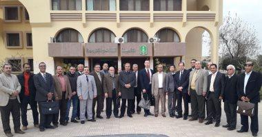 جامعة الأزهر توزع مقررا عن القدس على طلابها باللغتين الإنجليزية والفرنسية