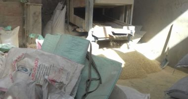 صور.. ضبط صاحب مصنع يستخدم بذور سامة فى تصنيع الأعلاف الحيوانية بالجيزة