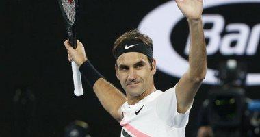 فيدرر يعود لملاعب التنس الرملية بعد غياب عامين
