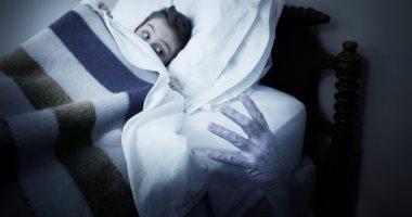 الخوف من الليل مرض يقضى على صاحبه.. اعرف إيه سببه وعلاجه