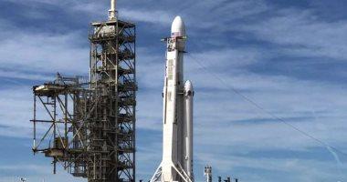 """إطلاق صاروخ """"falcon-9"""" بنجاح وعودة المرحلة الأولى منه إلى المنصة"""