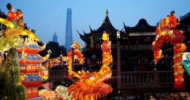 """صور.. الصين تستعد للاحتفال برأس السنة القمرية والملقب فى 2018 """"بعام الكلب"""""""