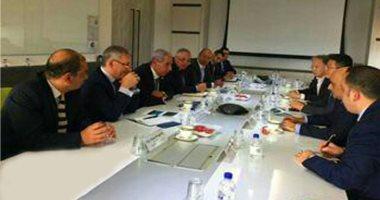 """وزير التجارة يبحث مع مسؤلى """"التنمية السنغافورية"""" تعزيز التعاون المشترك"""