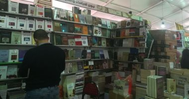 دور نشر بمعرض الكتاب: نسبة مبيعات الروايات صفر