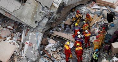البحث عن عشرات المفقودين تحت أنقاض زلزال تايوان المدمر