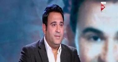 """فيديو.. أكرم حسنى: محمد صلاح أصبح """"مثل أعلى"""" ونحتاج 90 مليون مثله"""
