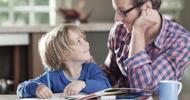 ليه طفلك بيتكلم بصيغة المؤنث وإزاى تتعاملى معاه؟