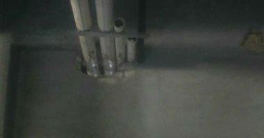 سكان عقار فى المشروع الأمريكى بحلوان يشتكون من طفح مياه الصرف الصحى