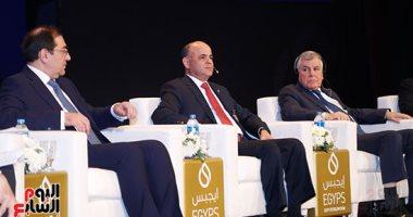 وكيل وزارة البترول: لدينا برامج طموحة لتطوير القطاع البشرى بالقطاع