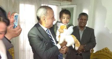 صور.. محافظ قنا: تطعيم 519 ألفا و794 طفلا ضد مرض شلل الأطفال -