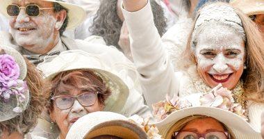 انطلاق مهرجان المساحيق البيضاء فى إسبانيا