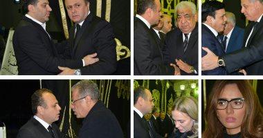 نجوم الفن والسياسة والإعلام يشاركون بعزاء والد الإعلامى عمرو الفقى
