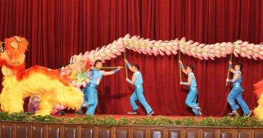 صور.. مسرح جامعة القاهرة يشهد عروضاً فنية لفرقة الفنون الصينية